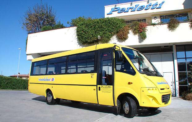 noleggio scuola bus autobus pullman