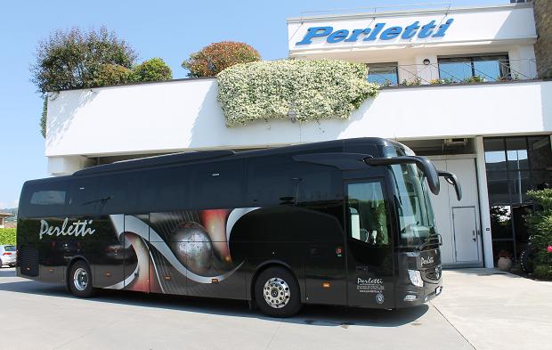 Noleggio Bus Mercedes Tourismo