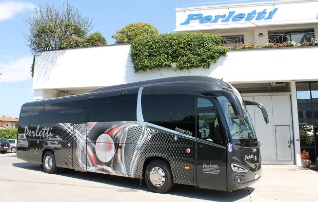 Noleggio Bus IRIZAR I6S