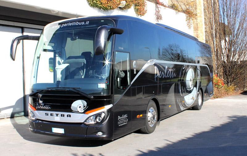 noleggio bus Setra 515