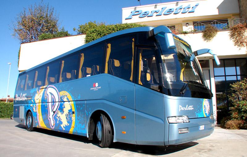 noleggio bus pullman Daf Palladio