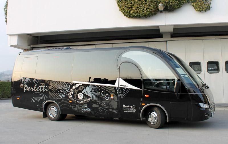 noleggio minibus Iveco Mago 2